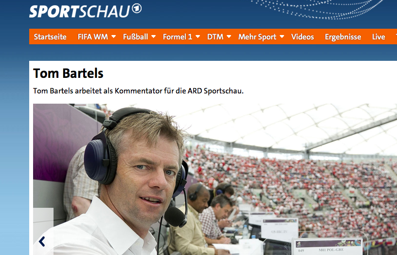 Ahnt was – ARD-Reporter Tom Bartels (Screenshot)